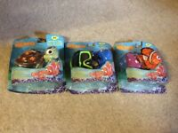 New Disney finding nemo squish toys dory goggles nemo turtle squirt set
