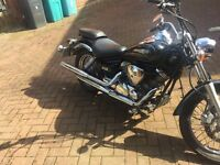 2006 Yamaha dragster xvs125 cruiser. Full years MOT 8000 miles