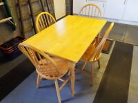 Lovely Dining Table and Four Chairs in New Condition