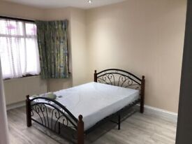 2 bed 1st floor flat available to let on cavenham garden ilford