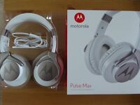 Motorola Pulse Max Headphones - White
