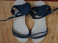 Lovely ladies flat sandal