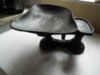 Vintage Cast Iron Kitchen Scales