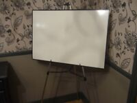 WHITEBOARD AND TELESCOPIC EASEL