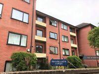 3 bedroom flat in Brooklands Court, Kingston Upon Thames, KT1 (3 bed) (#1095407)