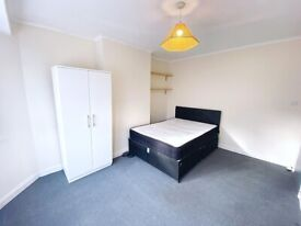 Beautiful double room in Croydon inclusive of bills. Available immediately.