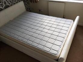 Double bed with Dormeo Memory foam mattress