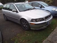 """Volvo v40 1.9d, 17"""" arcadia's with 4 new tyres, long mot, leather, a/c"""