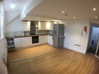 Available Now, Unfurnished 4 Bedroom Flat on Albert Rd in Levenshulme £895pcm - No DSS Children Pets