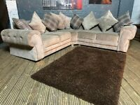 CHESTERFIELD STYLE FABRIC CORNER SOFA IN GOOD CONDITION VERY COMFY
