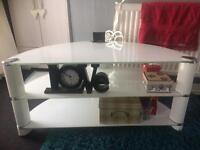 White glass tv unit