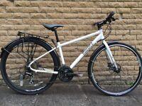 Pinnacle LIthium Ladies Hybrid Bike.