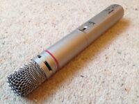 AKG C1000 S Cardioid/Hypercardioid Condenser Microphone