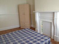 Great large Room to rent in all inclusive house in fenham, NO DSS, CHILDREN or PETS.