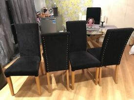 Black dinning chairs x4