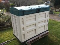 STARPLAS GARDEN STORAGE. SHED. STORE. READY BUILT. Pick up today.