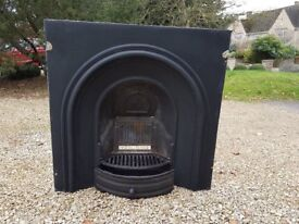 Cast Iron Arched Fireplace Insert [make is Gallery Crown]