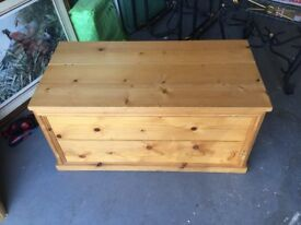 Pine storage chest