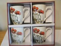 Stunning , Vintage Poppy design , new set of 4 mugs, with gift box