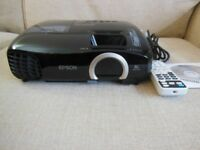 Epson EH-TW5200 Full HD 2D/3D Projector. Excellent Condition and Working Order.