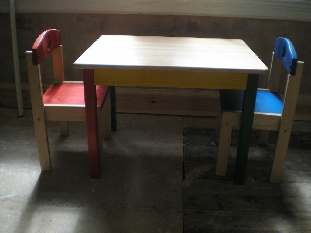 Childs table with 2 chairs and Buy sale and trade ads : 86 from www.dealry.co.uk size 1024 x 768 jpeg 51kB