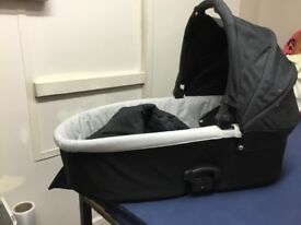 Oyster carry cot fits on a frame