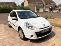Renault Clio Imusic 2010 with full service history in excellent condition!