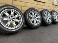 Landrover Freelander 2 / Range Rover Evoque 18 inch alloy wheels - like new Pirelli / Expedite!