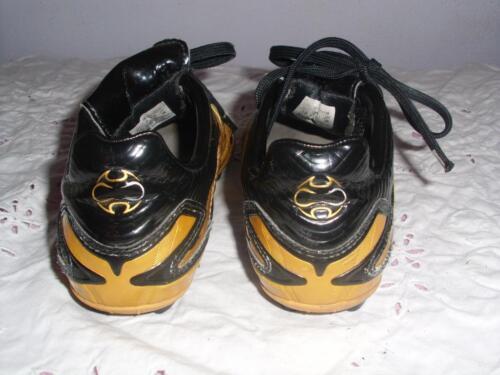 Gold schwarzer adidas Unisex Fussball Stollen Schuh FR 31 in Hessen ... 53eec2b07d