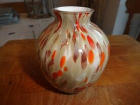 3 pieces of quality ornamental glassware