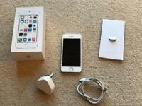 Boxed and unlocked iPhone 5s 16gb Silver/White