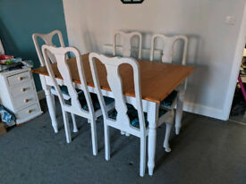 Extendable dining table & 5 chairs