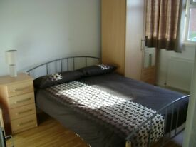 Double room for rent in Guildford