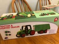 Pintoy Tractor Hopper and Trailer