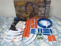 Mattel Hot Wheels Track Builder System 6-in-1 Set