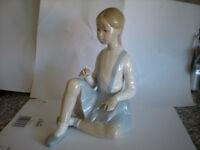 Lladro figurine of a girl