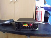UNIDEN 400 MID BAND FM 40 CHANNEL CB RADIO