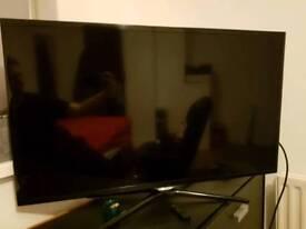 Samsung UE39F5500AK 39 Inch Full 1080p Smart TV