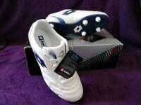 BNIB Football Boots(Size 5)