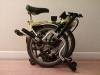 Brompton - 5 speed gears, mudgard, rack and more extras