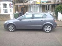 Vauxhall Astra 1.8 design lady owner