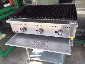 BRAND NEW COMMERCIAL RESTAURANT KITCHEN GAS CHARCOAL GRILL BBQ FASTFOOD 90 CM FLAME PERI PERI