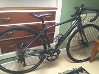 Cannondale Synapse size 48cm disc brakes Shimano 105 road bike used twice