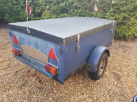 Box Trailer with Hard Padlockable Cover
