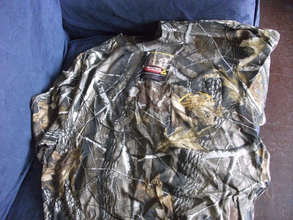 Realtree Hardwoods t shirt.