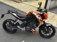 2014 KTM Duke 125 ABS - Low mileage 125cc motorcycle excellent condition, FSH & 2 Keys learner legal