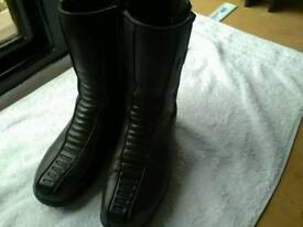 Ladies Oxtar motorcycle boots for sale in good condition