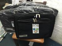 Laptop Bag Techair Series Z0101 Classic Clam Briefcase (Black) for 15.6 inch Laptop