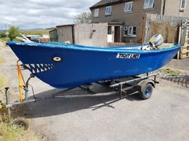 Rowing boat with honda 8hp outboard