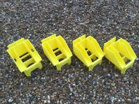 BOSS YOUNGMAN SCAFFOLD TOWER YELLOW TOE BOARD CLIPS NEW X 4